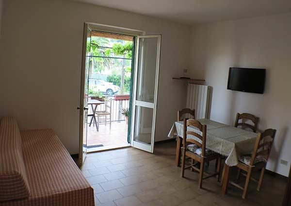Appartamenti a procchio loc campo all 39 aia raffaella isola for Soggiorno isola d elba