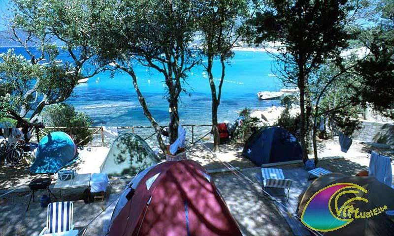 <b>Camping Calanchiole Mare