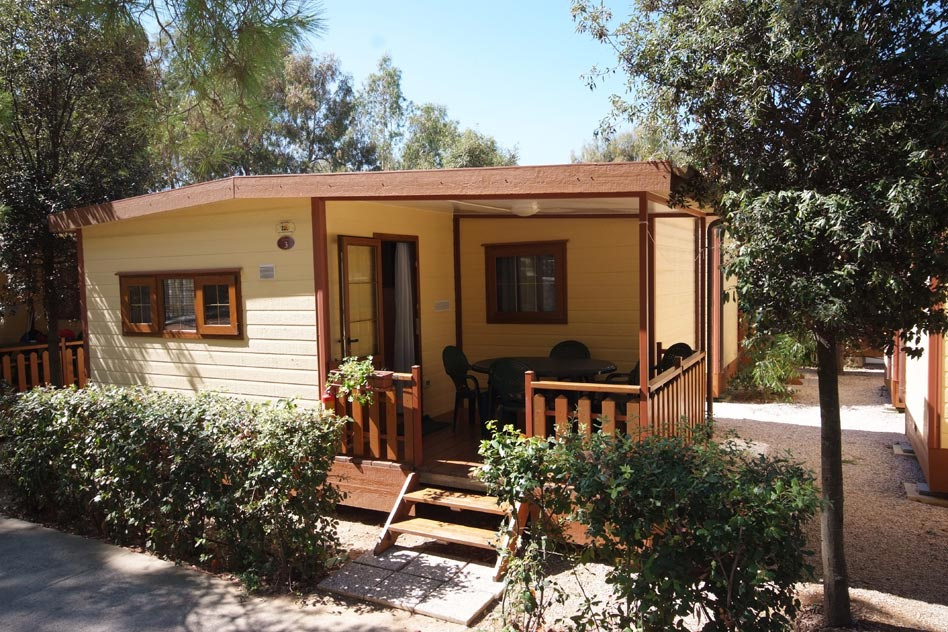 <b>Camping Calanchiole Bungalow Grecale