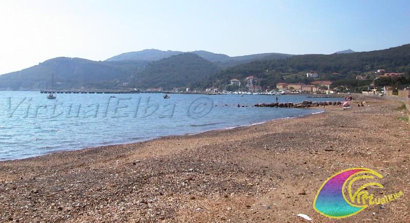 Spiaggia di cavo isola d 39 elba 450m sabbia e ghiaia - Immagini di spongebob e sabbia ...