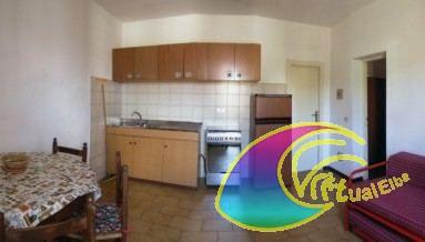 Pomonte appartamento casa nnazio si trova al 1 piano for Si trova in soggiorno 94