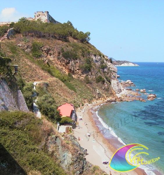 Spiaggia le viste 150 m ghiaia isola d 39 elba portoferraio for Soggiorno isola d elba