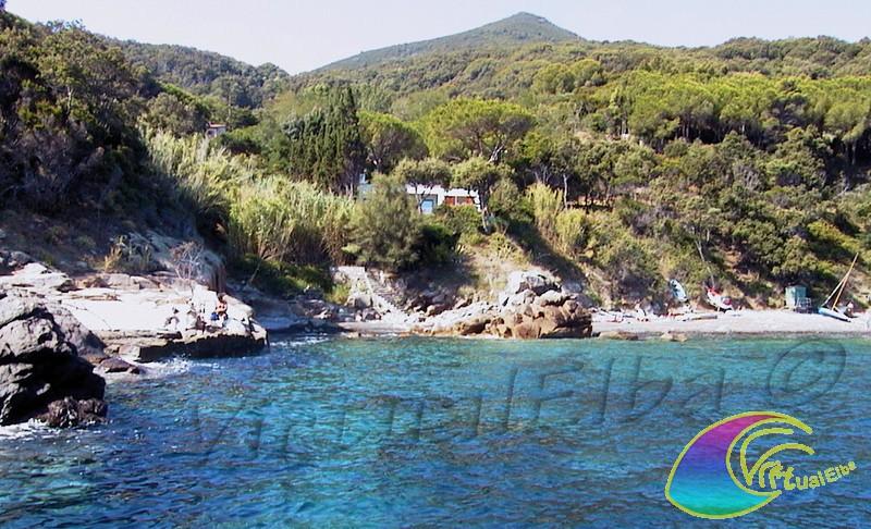 Spiaggia le sprizze isola d 39 elba 100 m ghiaia for Soggiorno isola d elba