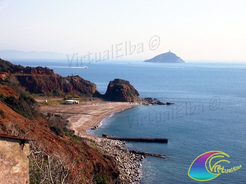 Spiaggia cala seregola isola d 39 elba 100 m ghiaia e sabbia for Soggiorno isola d elba