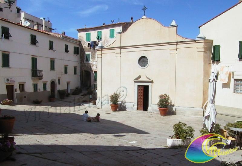 Piazza alla Chiesa San Piero