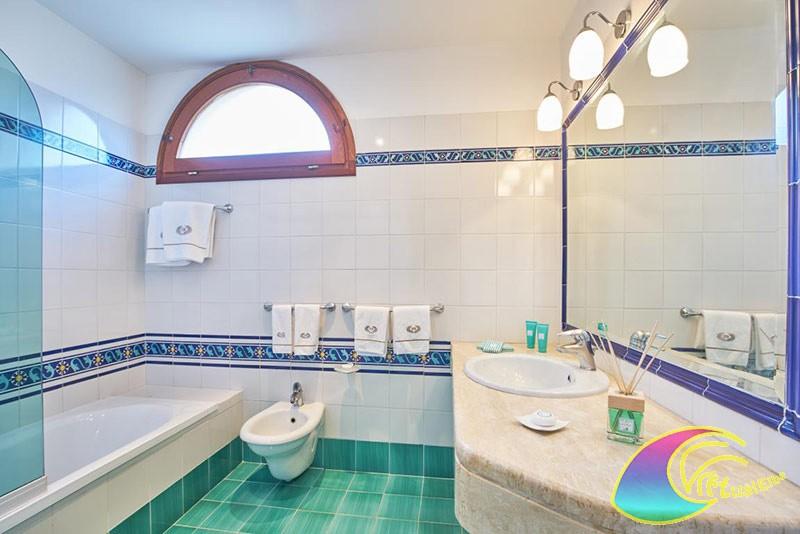 Bagno camera Hotel Biodola