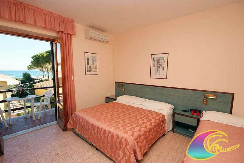 Camera ibiscus Hotel Frank 's