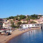 Spiaggia di Porto Azzurro la Rossa