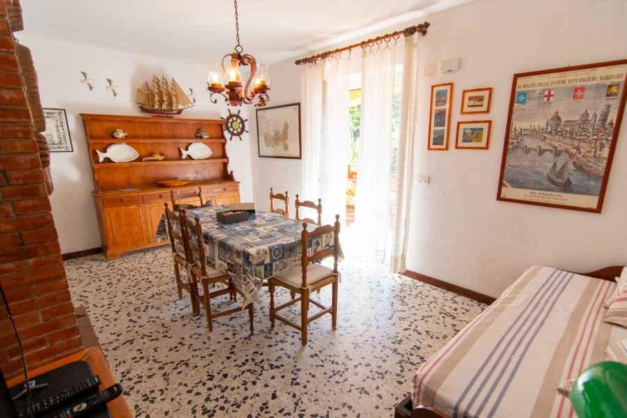 Wohnzimmer Ferienwohnungen La Ginestra Biodola