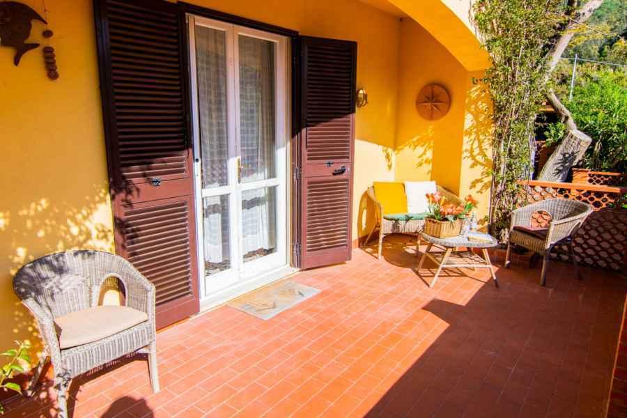 Biodola La Ginestra Ferienwohnungen Terrasse