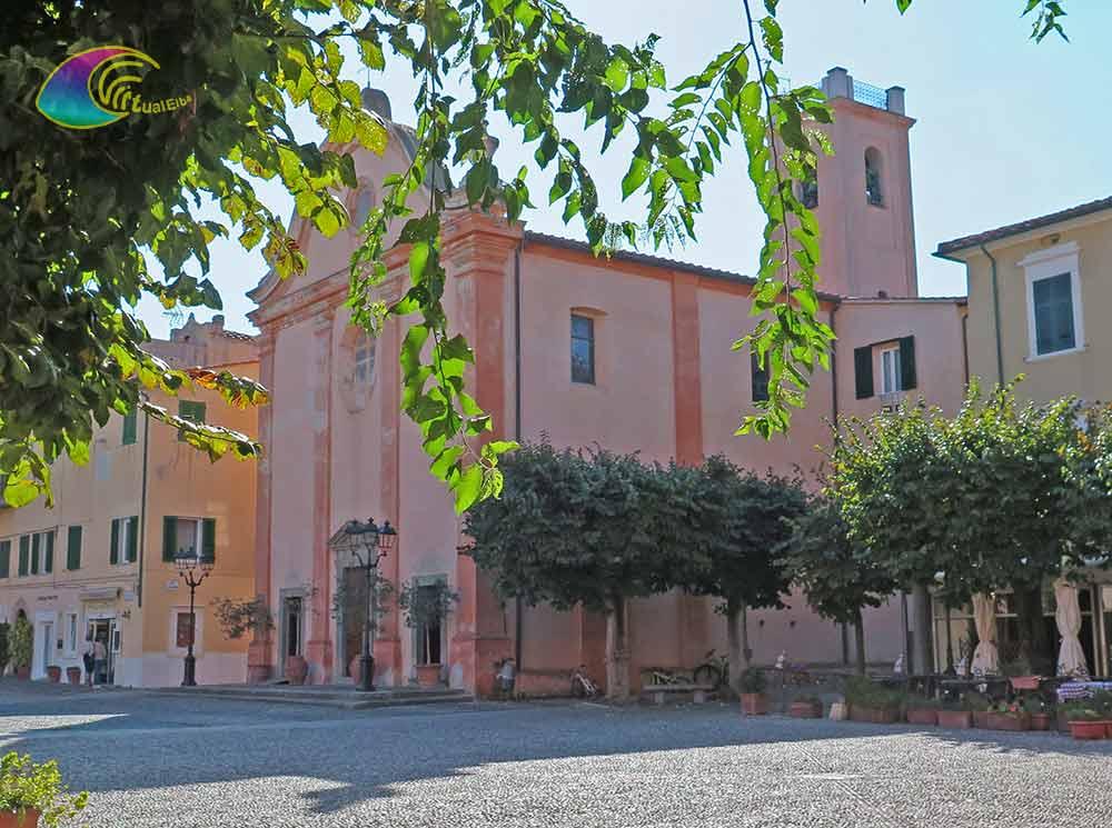 Piazza Vittorio Emanuele (nota anche piazza della Chiesa)