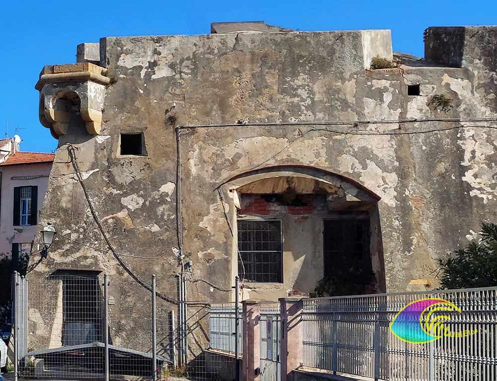 Tratto di mura Linguella Portoferraio
